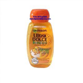 Shampoo Garnier ultra dolce Bambini 2 in 1 all'albicocca e fiori di cotone contenuto 250ml